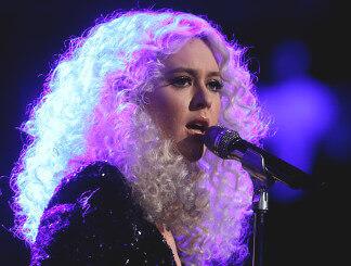 Chloe Kohanski: This Season's STYLE Queen On The Voice