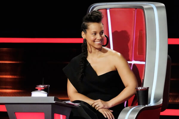 How Well Did You Watch 'The Voice' This Week? Take Our Quiz And Find Out!