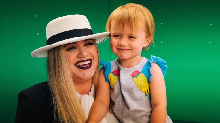 Is Kelly Clarkson's Daughter Following In Her Footsteps As A Talent Show Judge?