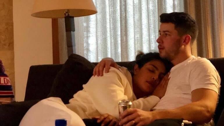 Nick-Jonas-Priyanka-Chopra-The-Voice-Jonas-Brothers