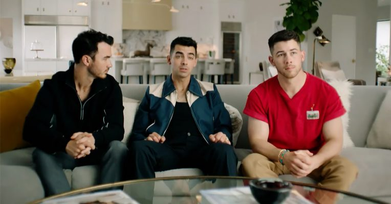 Which Jonas Brother Will Get Gold During 'Olympic Dreams' Special?