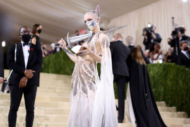 'Alter Ego's Grimes Carries Sword Made  From Melted Down AR-15 at Met Gala
