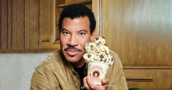 Lionel Richie Partners with Tyra Banks on New SMiZE Cream Flavor